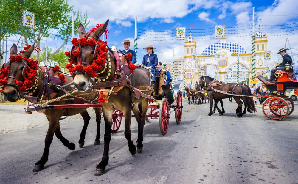 En abril Sevilla se engalana