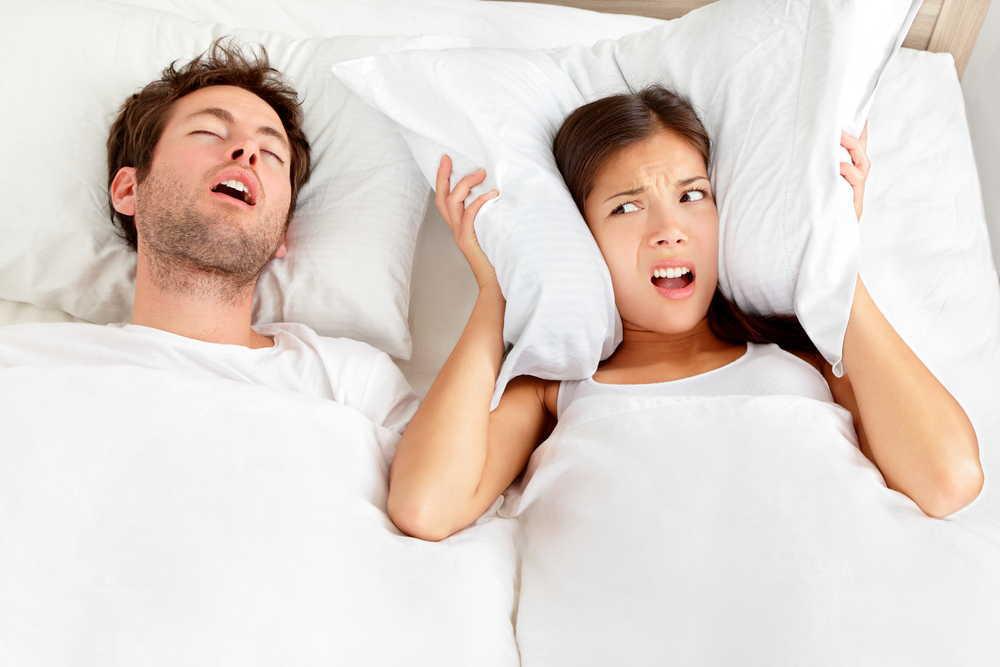 Apnea del sueño: Riesgos y cómo tratarla