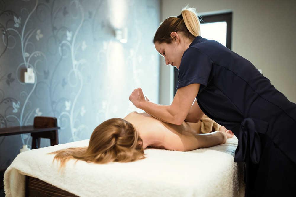 Los masajes terapeúticos, una opción a considerar